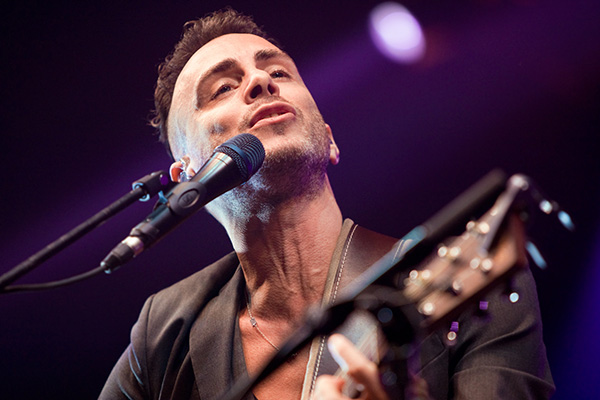 Asaf Avidan - Chant du Gros - Concert - Photo